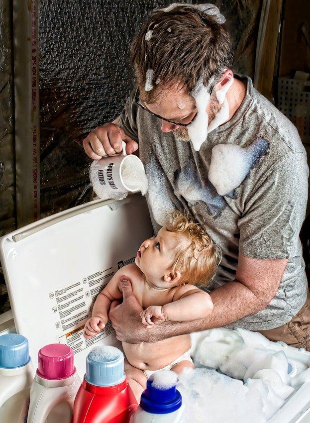 дочь помогает маме сосaть у папы фото