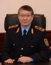 Кененбаев Ерлик Абдракымович (персональная справка)